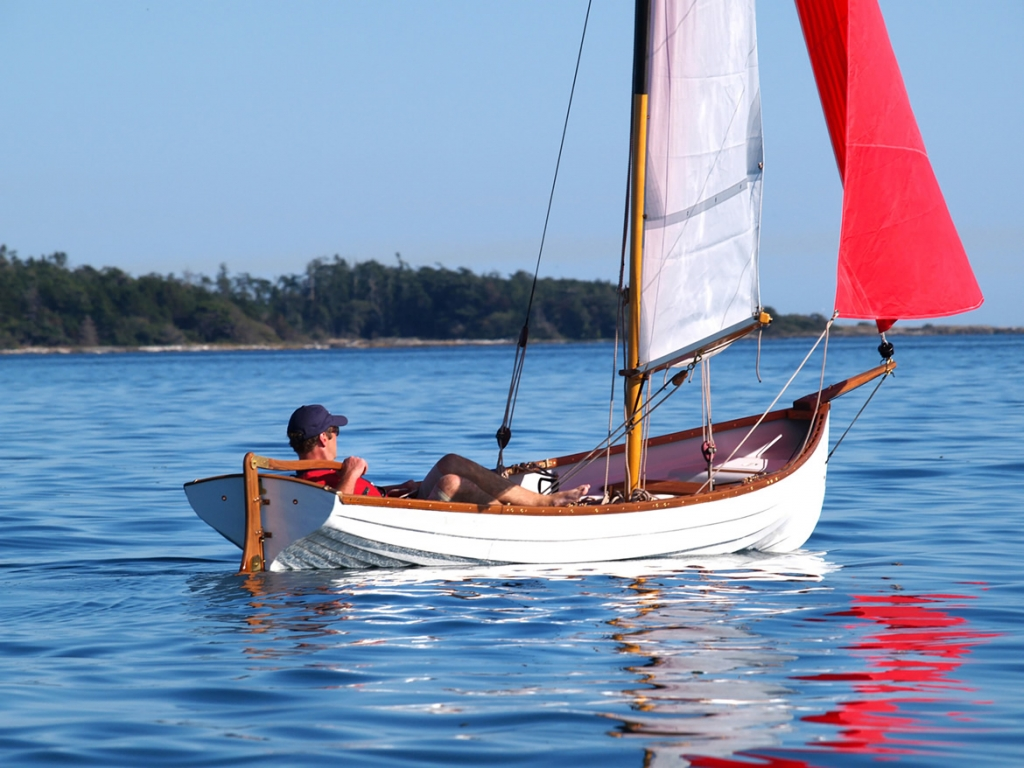 Classic Whitehall Spirit® 17 Expedition Sailing & Sculling Rowboat