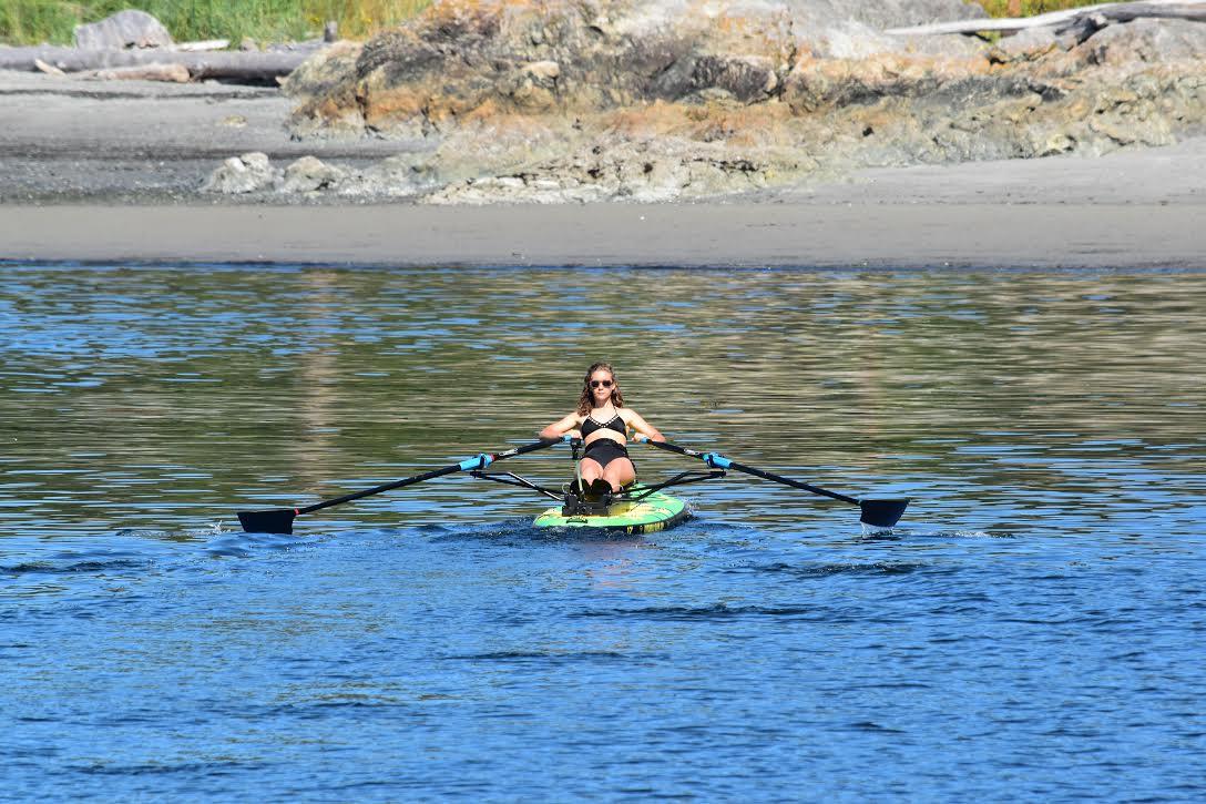 Oar-Board-Row-Rowing-Beach-Sunny-Outdoor-Workout