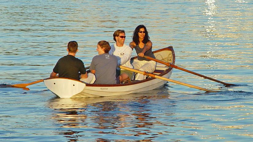 Whitehall-Spirit-17-Traditional-Model-boat
